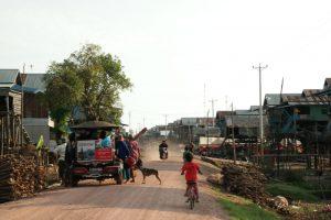 Kampong Phluk, Kambodża